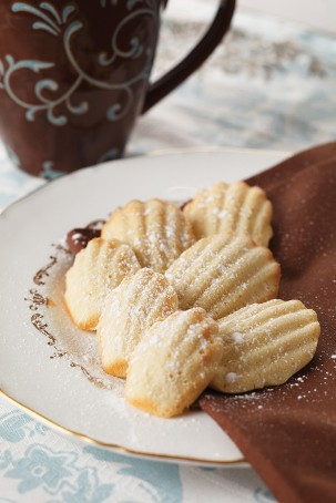 If you do consider making madeleines for your wedding favours or just ...