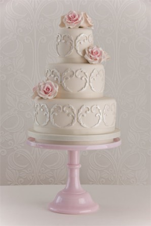 maisie fantaisie shabby chic 3 tier traditional wedding cake