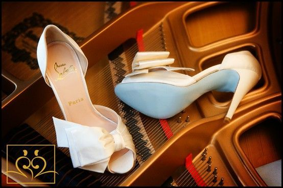 louboutin blue soled shoes