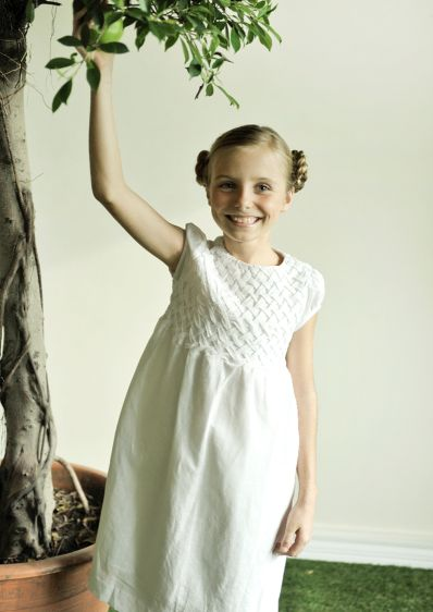 How to choose flower girl dresses for relaxed happy children flower girl dress destination wedding kids white girls dress mightylinksfo