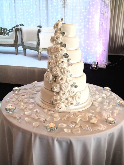 white diamond chic wedding cake