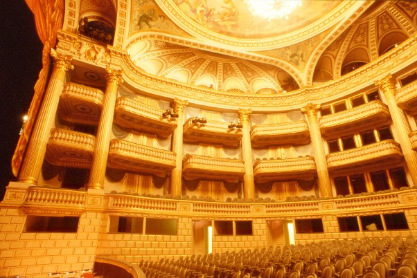 bordeaux theatre