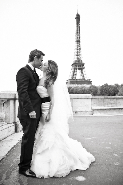 eiffel tower destination wedding