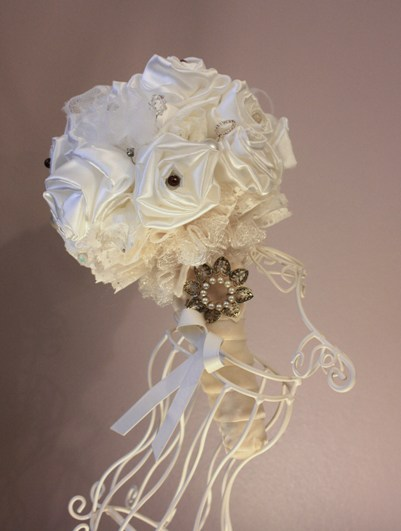 rose jewellery bouquet