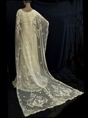 1970s lace wedding dress