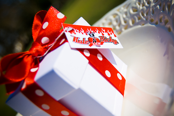 red and white wedding favours