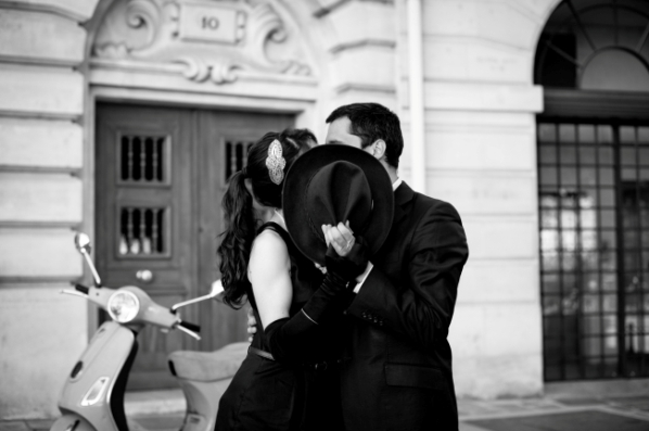 vintage paris engagement