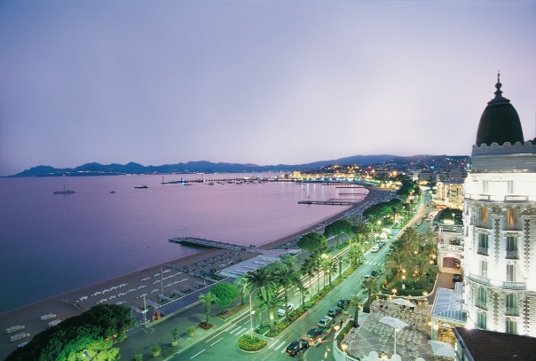 cannes_night