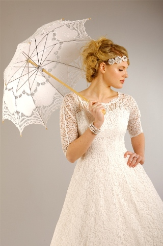 lace vintage wedding dress