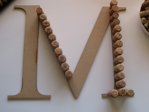 diy tutorial wine cork letter