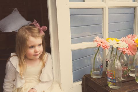 shabby chic flowergirl © - Christy Blanch Photography / French Wedding Style Blog