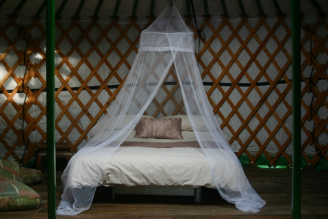 yurt honeymoon france