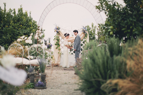 shabby chic wedding ceremony