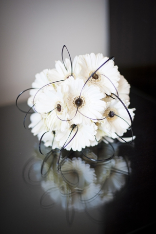 monochrome bridal bouquet