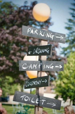 shabby chic wedding signage