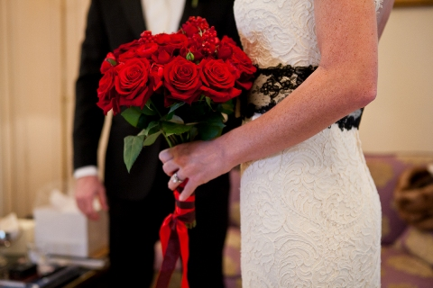 wedding red roses paris