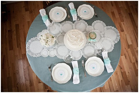 The secret weapon in your diy wedding toolkit lace paper doilies doily table runner solutioingenieria Gallery