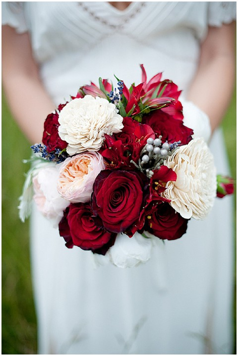 red white bridal bouquet