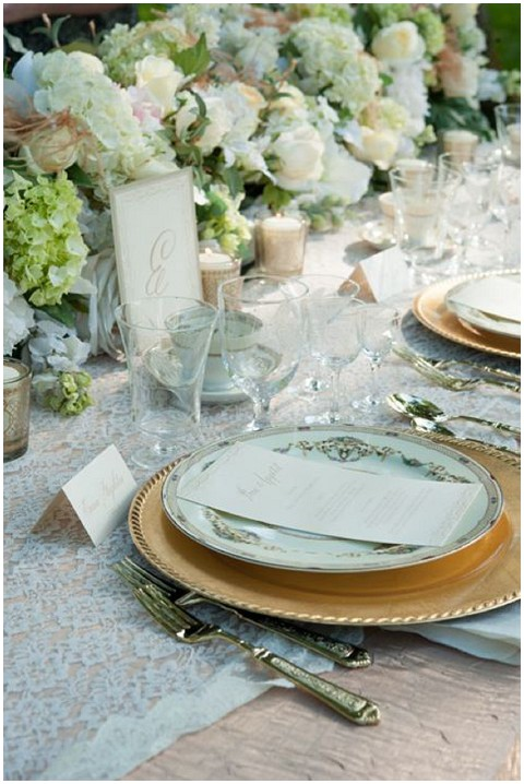 french champagne table setting