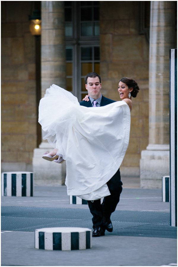 fun wedding photography - elopement to Paris