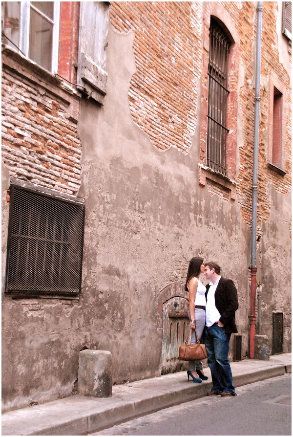 Playful Engagement Shoot Around The Streets Of Toulouse