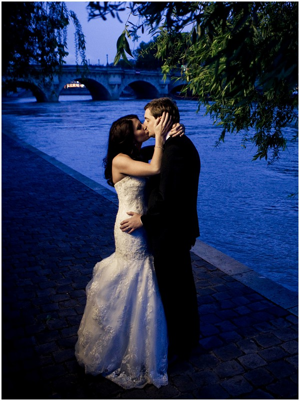 night wedding paris