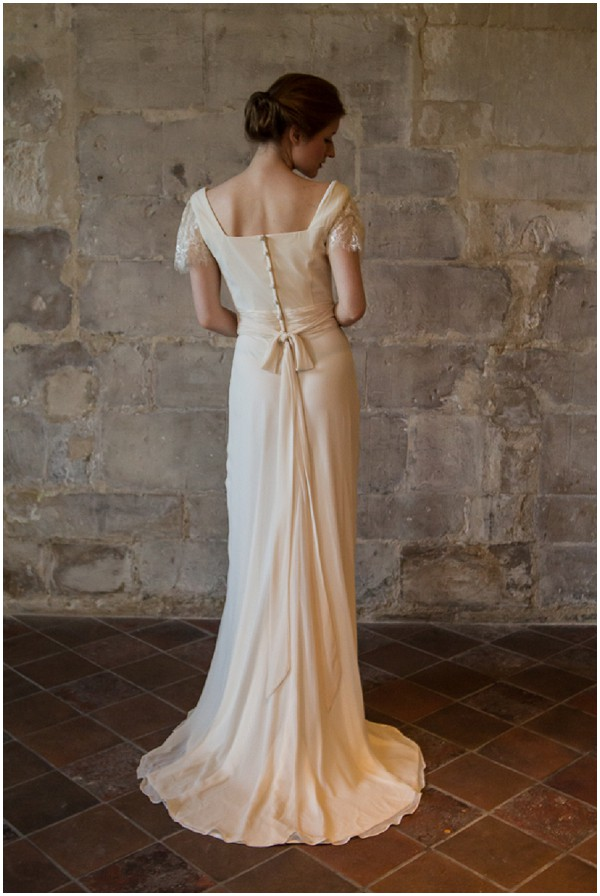 vintage wedding dress paris