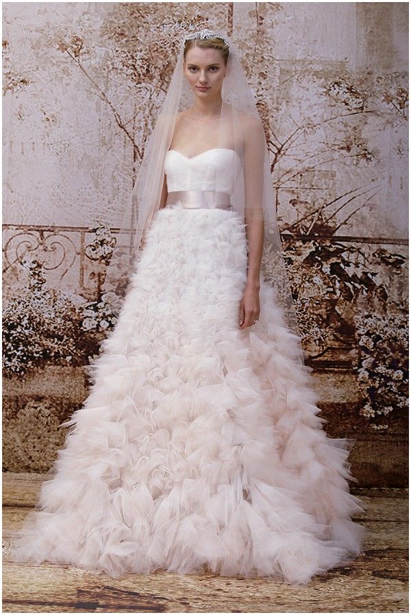 Romantic bride Monique Lhuillier