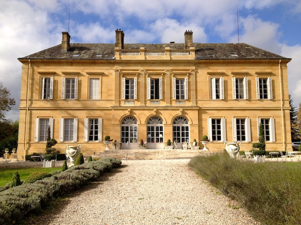 How to plan a wedding in France without worry