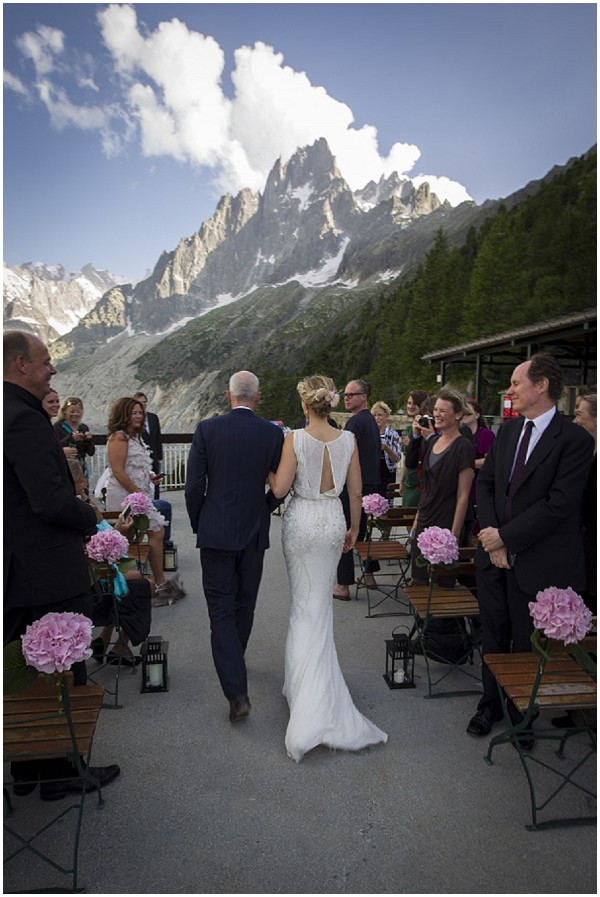 Romantic wedding at altitude in the Alps