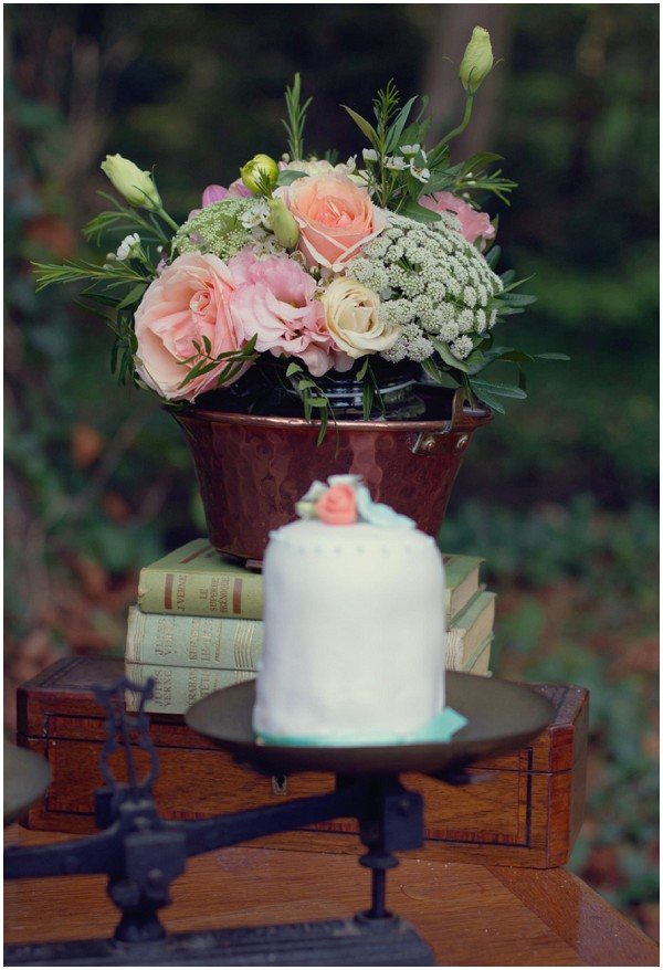 rustic peach wedding cake