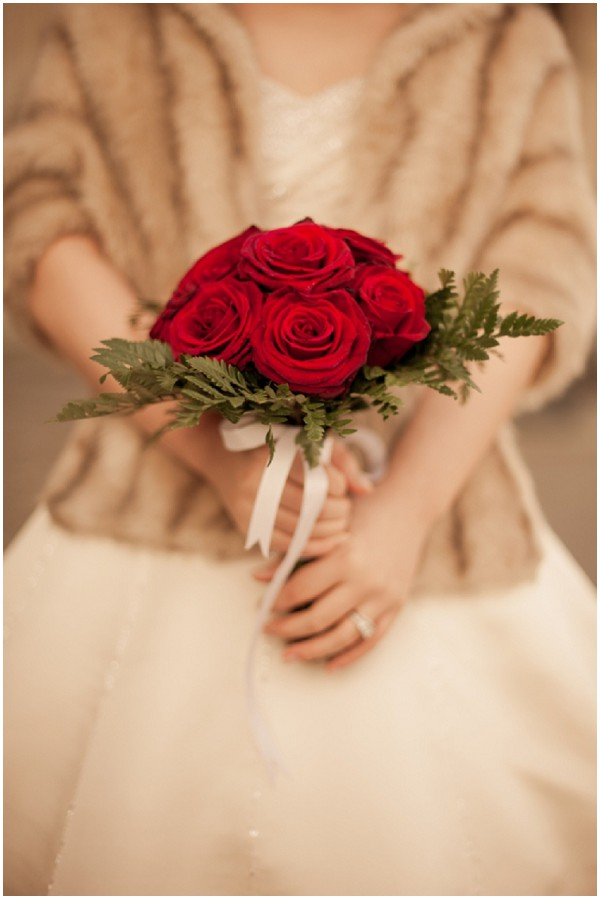 vintage style red bouquet