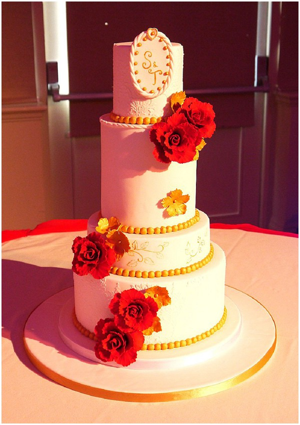 2014 wedding cake trends red