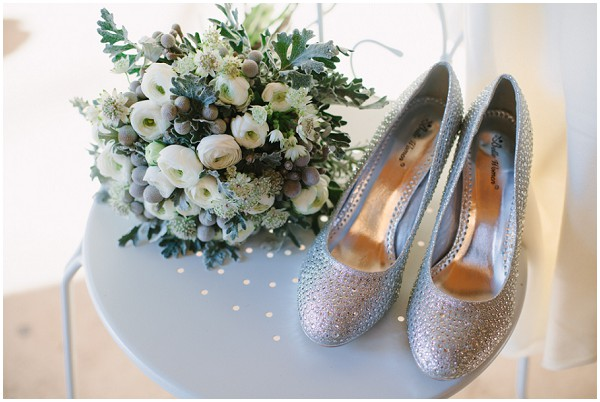 silver shoes bouquet