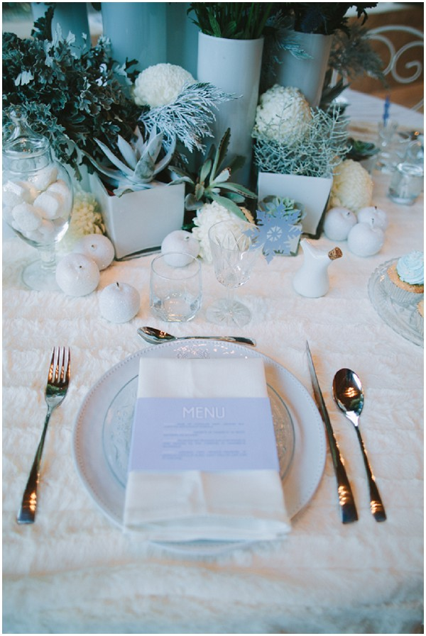 winter tablesetting