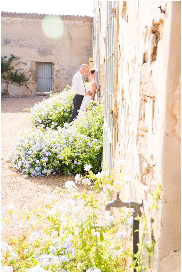 sunny languedoc roussillon wedding in France