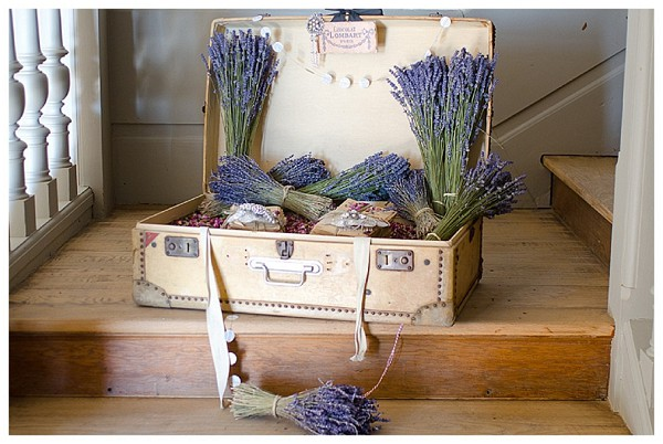 lavender wedding accessories