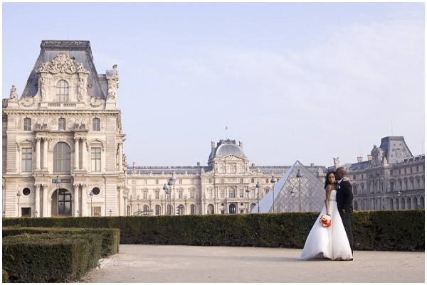 louvre Paris wedding photography