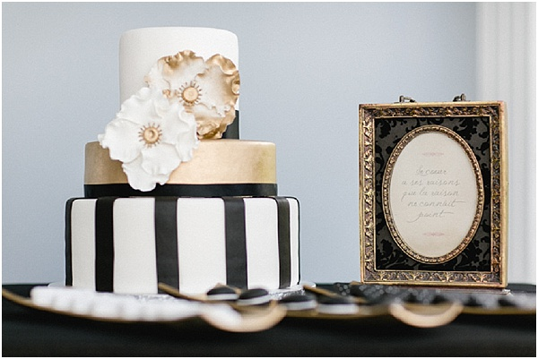 black and gold dessert table