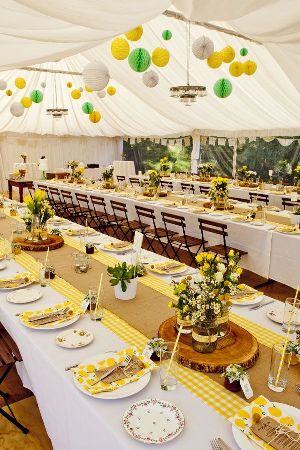 tablescape yellow gingham