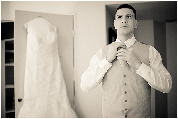 groom | Image by Juliane Berry Photography, read more http://www.frenchweddingstyle.com/elopement-wedding-paris/