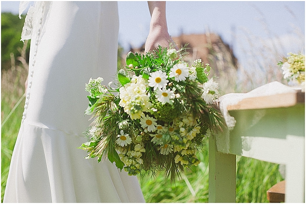daisy wedding bouquet