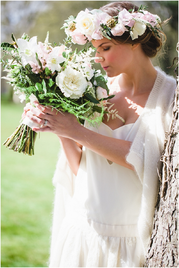 oversize floral crown and bouquet | Image by Cat Hepple Photography, see more at http://www.frenchweddingstyle.com/french-bohemian-elopement-teamamour/