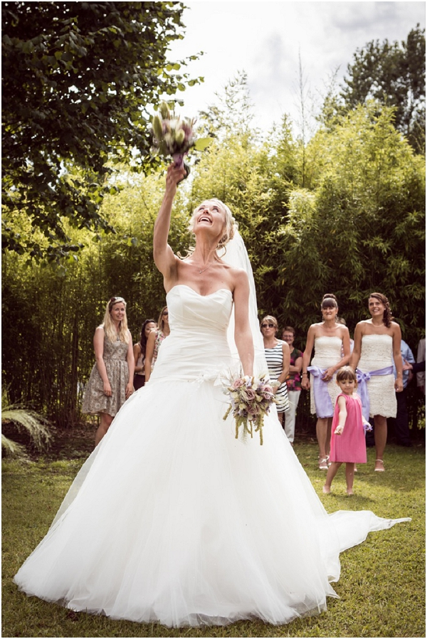 Bridal Bouquet Throwing : Countryside wedding in normandy france