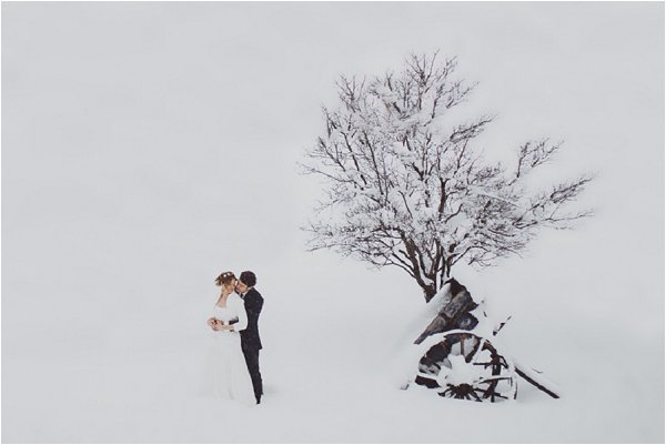 wedding in snow