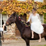 bride groom horse