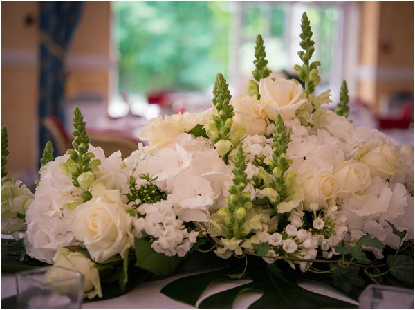 white table centres