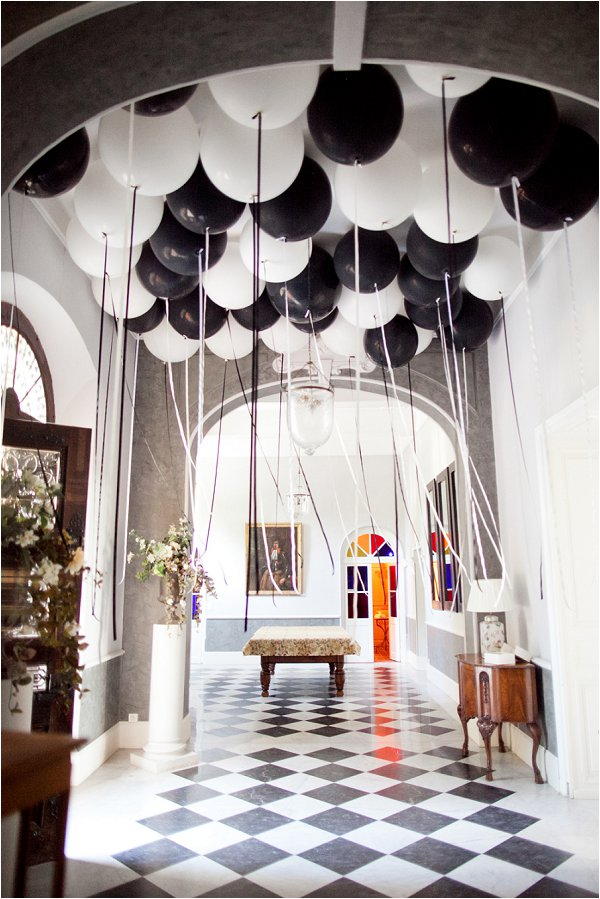 black white wedding decoration