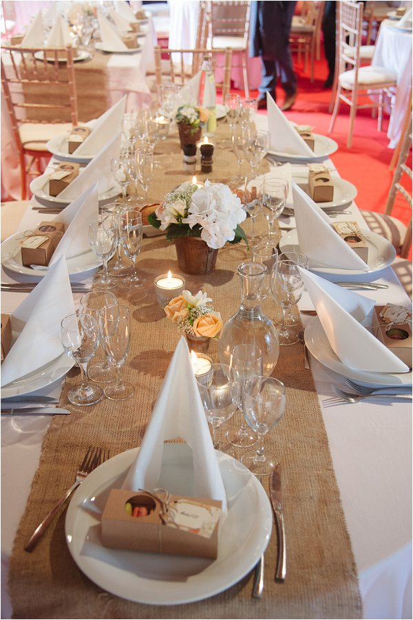 rustic wedding table style