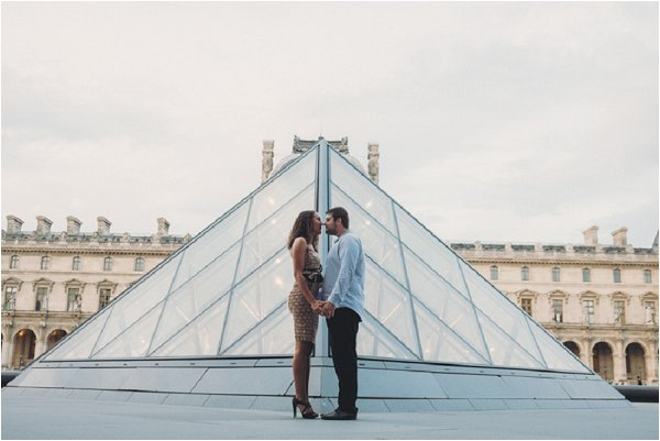 engagement shoot louvre